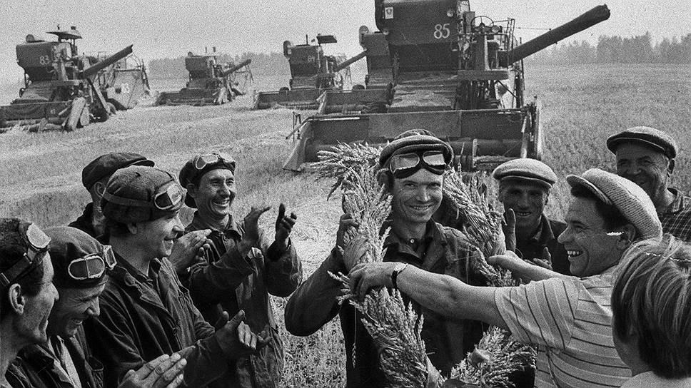 Работники колхозов-миллионеров были неприятно удивлены реформой 1964 года: государство обещало им меньше, чем они получили бы по старой схеме