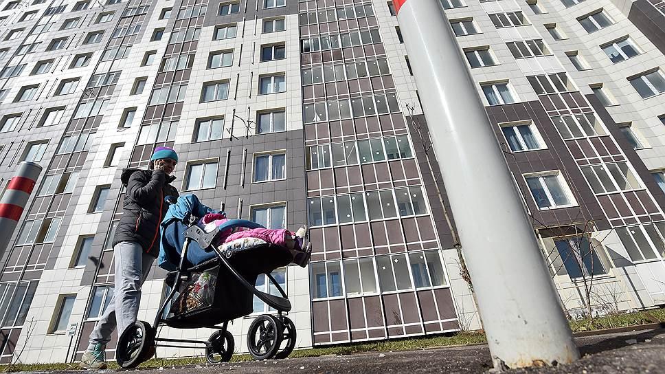 Люди переезжают за город в интересах детей, но природой здесь и не пахнет
