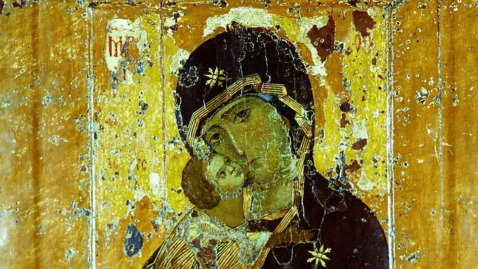 На оборотной стороне чтимой иконы Богоматери Владимирской первой трети XIIвека обнаружены следы образа святителя, скорее всего, Николая Мирликийского