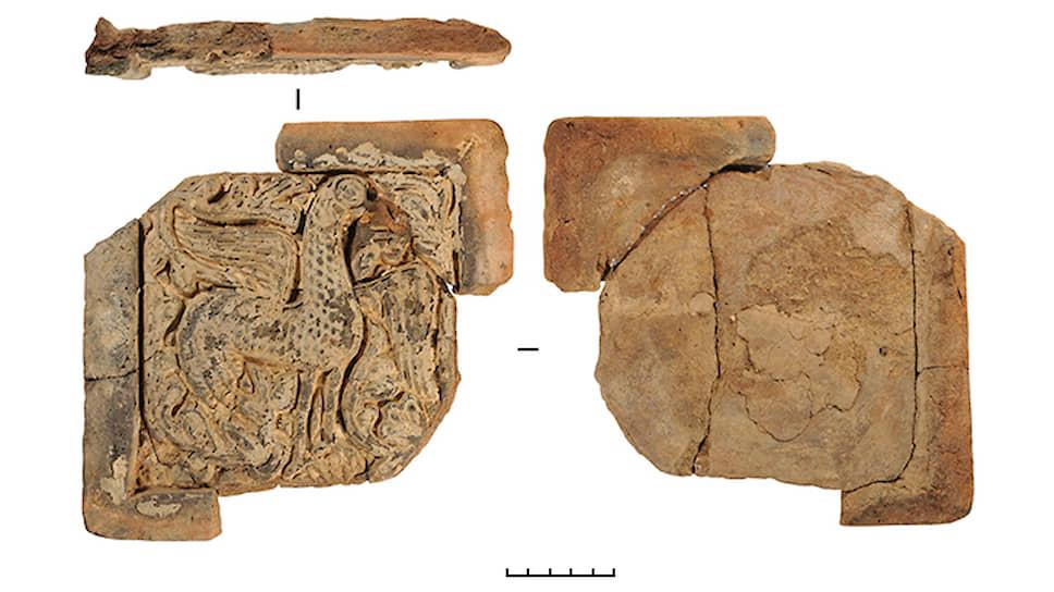 Античная терракота, найденная под Крымским мостом весной 2017 года в ходе спасательных раскопок