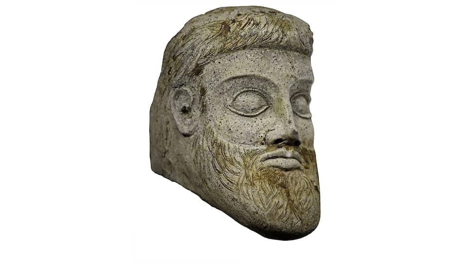 Скульптура, изображающая мужскую голову,— один из самых ярких предметов античного искусства, обнаруженных в Причерноморье в последние десятилетия