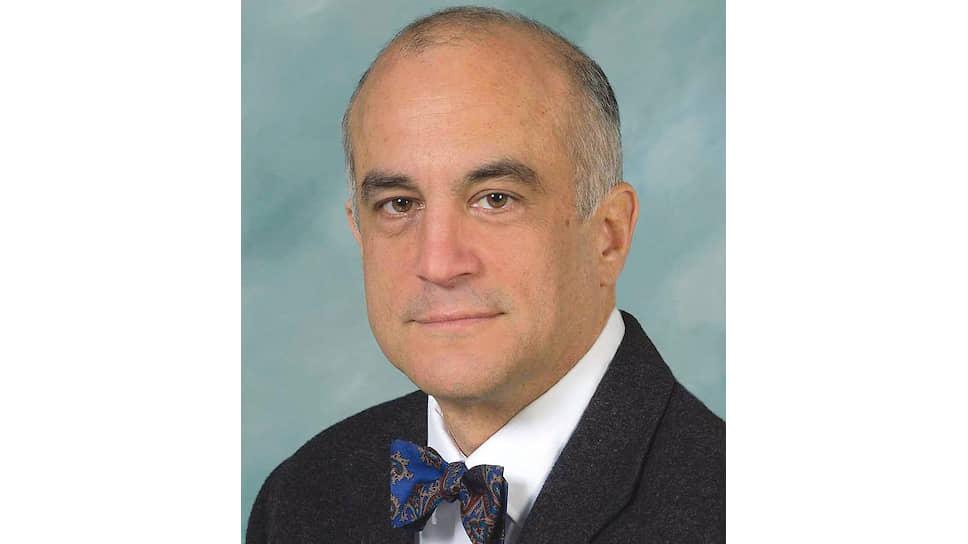 Эксперт по контролю за табаком Луисвиллского университета Брэд Роду