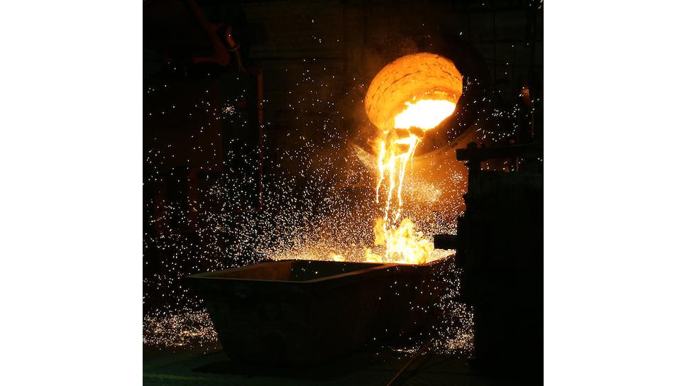 Биосовместимые материалы, сделанные молотом на наковальне