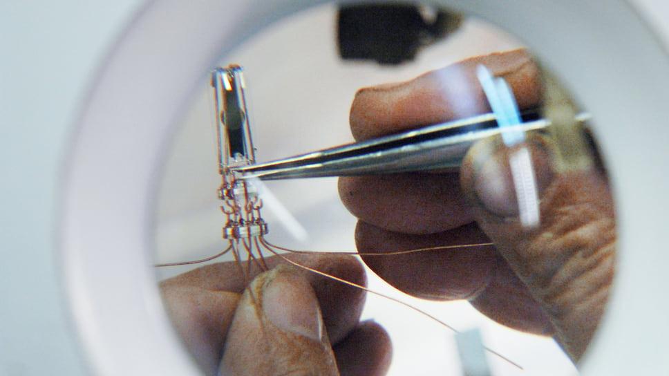 Разработка ИТМО уменьшит размер оптических и микроволновых устройств