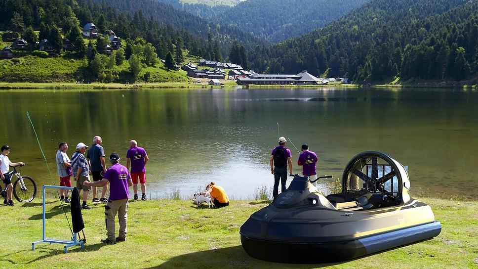 Надводная лодка