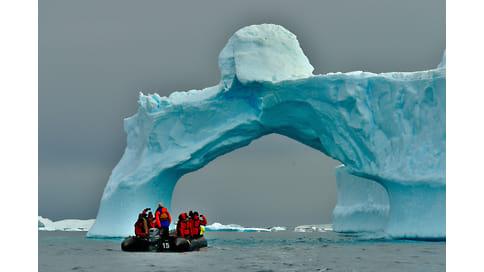 Что таит антарктический ледник  / В подледном озере нашли микробы возрастом во много миллионов лет
