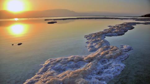 Космическая находка у Мертвого моря // Ученые СПбГУ обнаружили минерал, который раньше встречали только в метеоритах