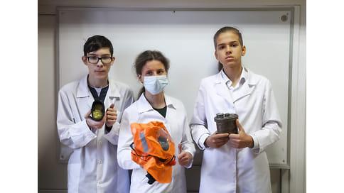Школьники дали пожарным дышать  / Изобретение легко заменит нынешние кислородные баллоны