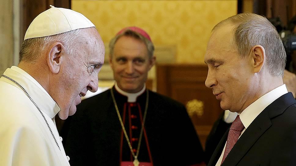 Как прошла вторая встреча Владимира Путина и папы римского