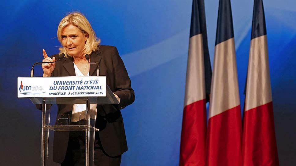 Лидер французской партии Национальный фронт Марин Ле Пен