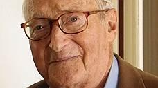Умер известный французский историк Ален Деко