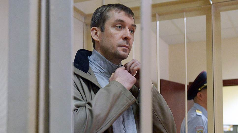 Заместитель начальника управления «Т» ГУЭБиПК МВД Дмитрий Захарченко