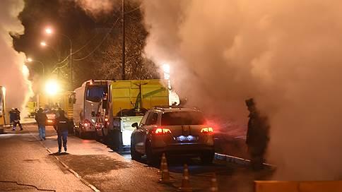 Около 900 домов на востоке Москвы из-за аварии всю ночь оставались без тепла