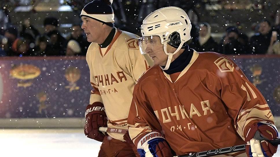 Ночной хоккей на Красной площади
