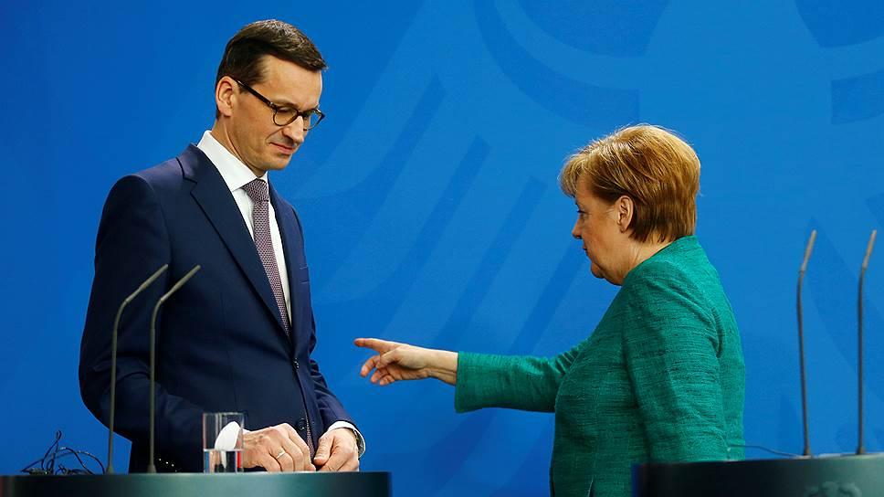 Премьер-министр Польши Матеуш Моравецкий и канцлер Германии Ангела Меркель