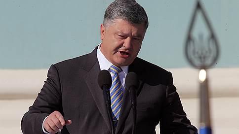 Порошенко пообещал лично явиться в суд по делу о расстрелах на Майдане