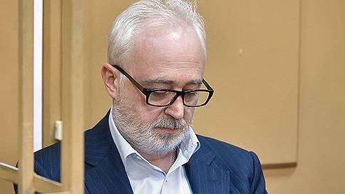 Суд не стал продлевать Леониду Меламеду срок домашнего ареста