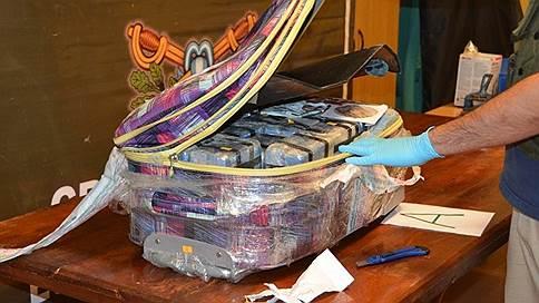 В посольстве России в Аргентине нашли 389 кг кокаина