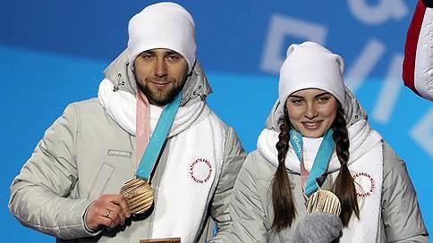 Российские керлингисты Крушельницкий и Брызгалова лишены олимпийской бронзы