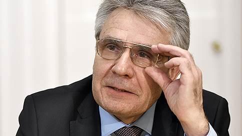 Президент Академии наук призвал отменить ЕГЭ