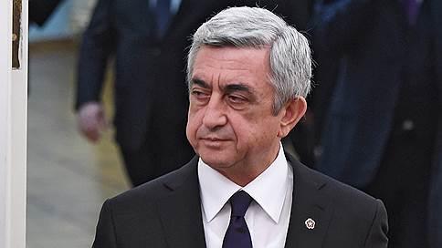 Серж Саргсян прервал встречу с лидером оппозиции