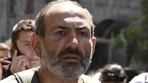 Лидер протестов в Ереване Никол Пашинян освобожден из-под стражи