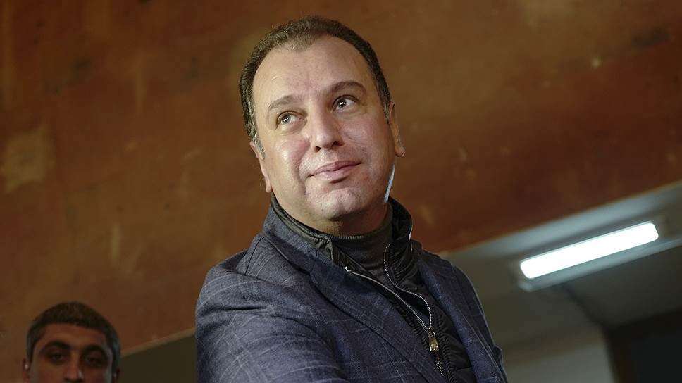 Министр обороны Армении Виген Саркисян