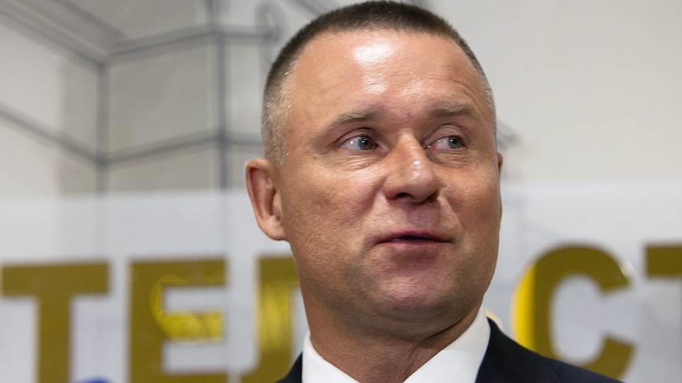 Министро по делам гражданской обороны, чрезвычайным ситуациям и ликвидации последствий стихийных бедствий Евгений Зиничев