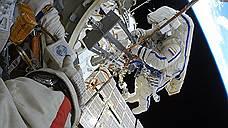 Космонавты МКС выйдут в открытый космос для проверки обшивки «Союза»