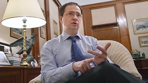 Мединский посоветовал выступающим против показа «Т-34» в США «заняться своим здоровьем»
