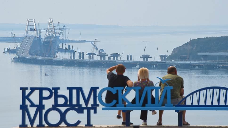 За первый год работы Крымского моста по нему проехало 5 млн автомобилей