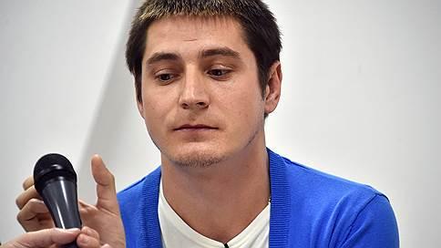 Заявивший о пытках геев в Чечне Максим Лапунов подал жалобу в ЕСПЧ