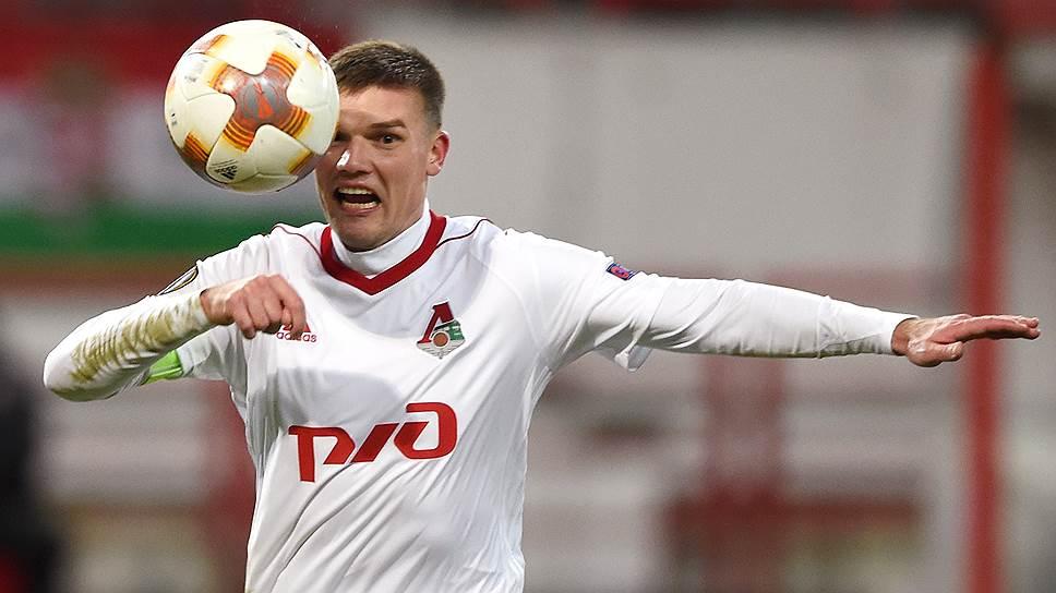 Футболист Игорь Денисов