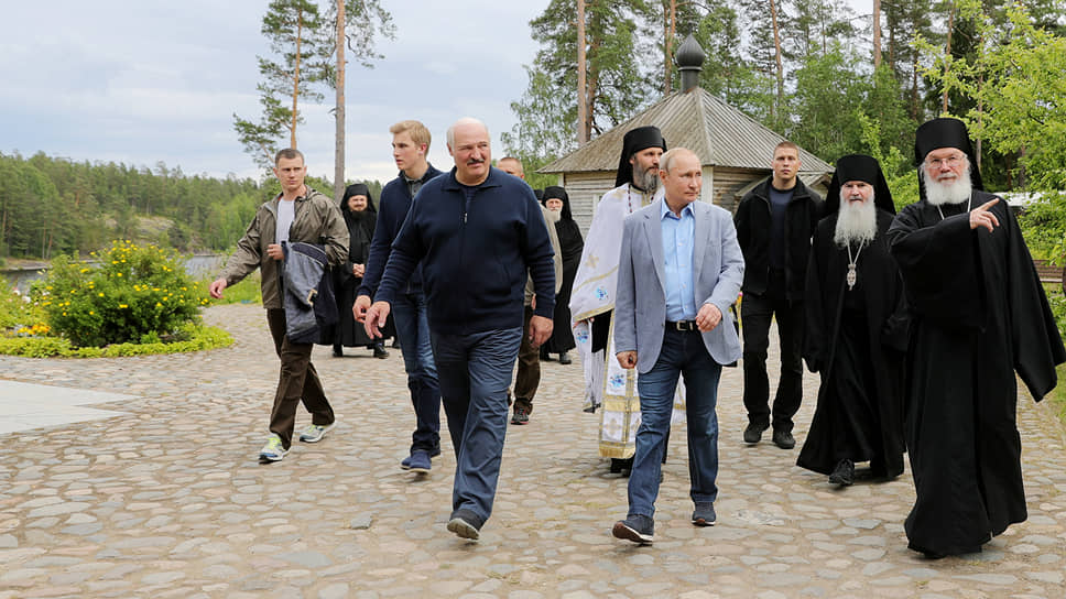 Президенты России и Белоруссии Владимир Путин и Александр Лукашенко на Валааме