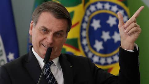 Президент Бразилии обвинил НПО в лесных пожарах