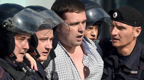 Янкаускаса снова задержали на выходе из спецприемника