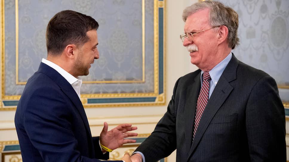 Президент Украины Владимир Зеленский и помощник президента США Джон Болтон