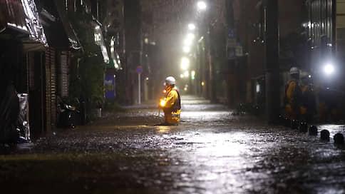 В Японии из-за тайфуна «Хагибис» пострадали не менее 70 человек, есть погибшие