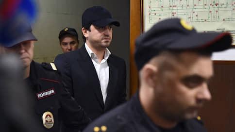 Мосгорсуд оставил в силе арест топ-менеджера «Аэрофлота»