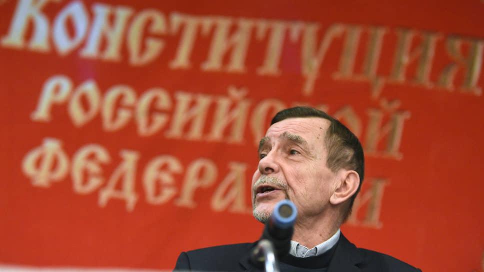 Лидер движения  «За права человека» Лев Пономарев