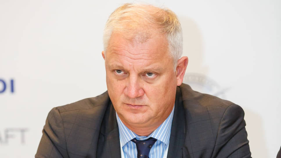 Директор ОАК по развитию бизнеса Александр Коршунов