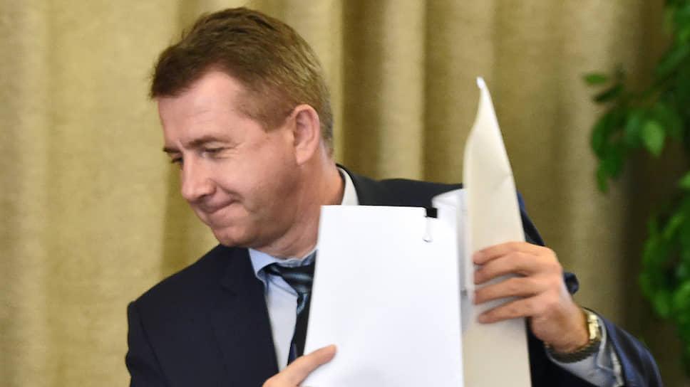 Замглавы ФСИН Валерий Максименко