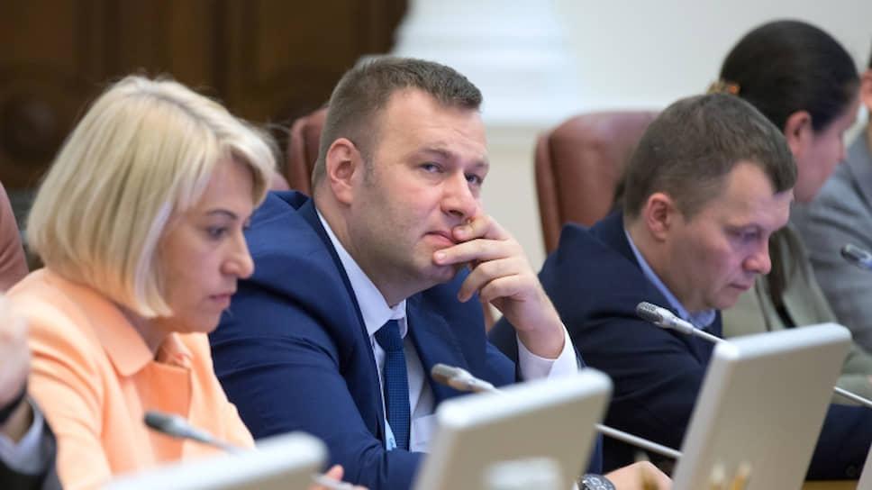 Министр развития общин и территорий Украины Алена Бабак и министр энергетики и защиты окружающей среды Алексей Оржель