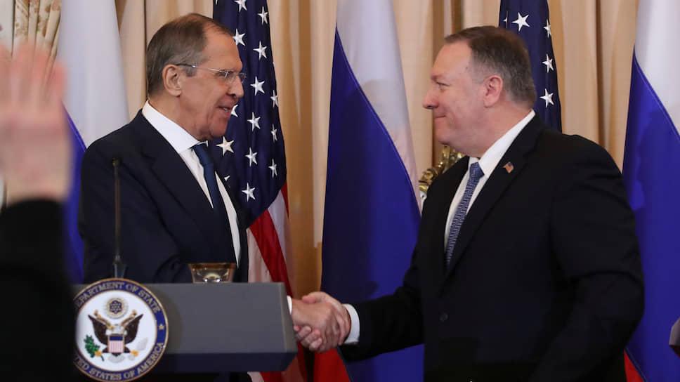 Министр иностранных дел России Сергей Лавров и госсекретарь США Майк Помпео