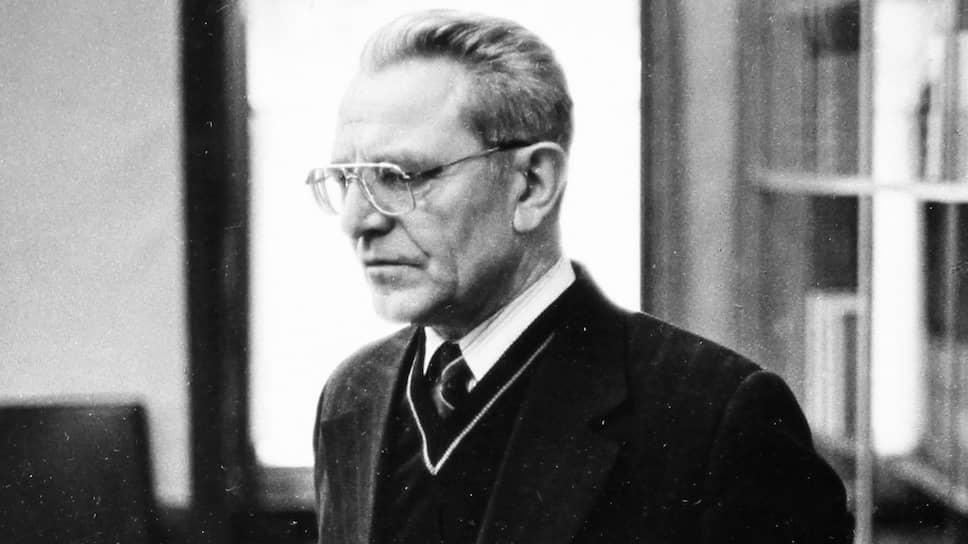 Журналист, бывший министр информации и печати СССР Михаил Ненашев