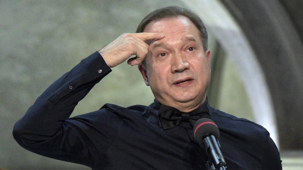 Театральный режиссер Виктор Рыжаков