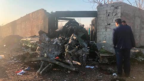 Украинский Boeing 737 разбился в Иране, более 170 человек погибли