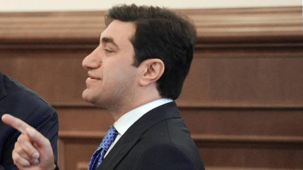 Председатель совета директоров ОАО «Киевская площадь» Год Нисанов