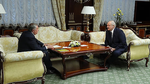 Сечин заявил Лукашенко о готовности к работе по поставкам нефти