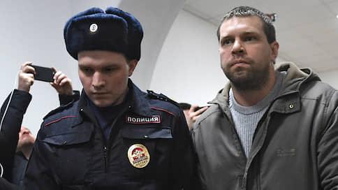 Признавшегося в подбросе наркотиков Голунову просят перевести под домашний арест
